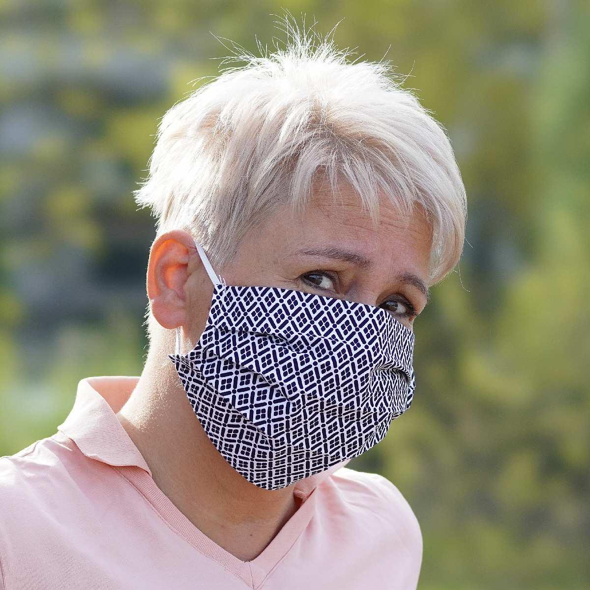 Stoffmaske farbig-gemustert für Mund-/Nasenschutz